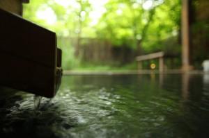 ヒバの露天風呂